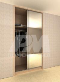 Вграден гардероб с плъзгащи врати